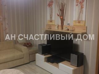 Продажа квартир: 2-комнатная квартира, Казань, ул. Мазита Гафури, 1, фото 1
