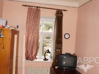 Продажа квартир: 2-комнатная квартира, республика Крым, Ялта, пгт. Гаспра, ул. Алупкинское шоссе, 32, фото 1