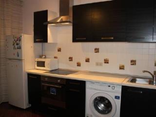 Снять 2 комнатную квартиру по адресу: Ижевск г ул Орджоникидзе 276