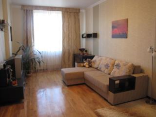 Снять 1 комнатную квартиру по адресу: Астрахань г пл Вокзальная 5
