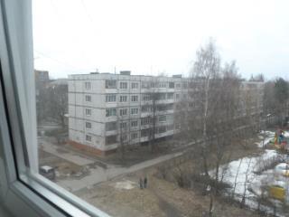 Продажа квартир: 2-комнатная квартира, Ленинградская область, Луга, ул. Красной Артиллерии, 26, фото 1