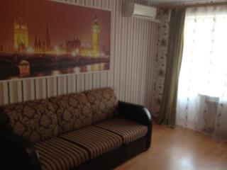 Снять 1 комнатную квартиру по адресу: Волгоград г ул им Ткачева 9