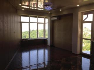 Продажа квартир: 2-комнатная квартира, Краснодарский край, Сочи, ул. Яна Фабрициуса, 18, фото 1