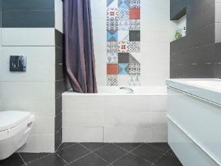 Продажа квартир: 1-комнатная квартира, Краснодарский край, Сочи, ул. Гагарина, 2, фото 1