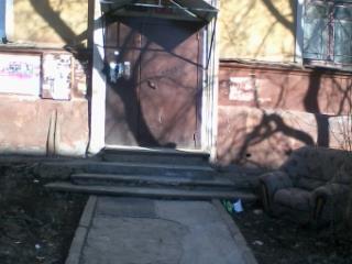 Продажа квартир: 1-комнатная квартира, Свердловская область, Нижний Тагил, ул. Жуковского, 10, фото 1