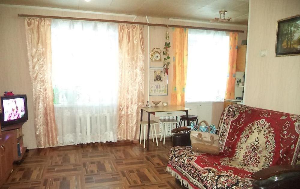 Продажа квартир: 3-комнатная квартира, Свердловская область, Реж, ул. Ленина, 76к2, фото 1
