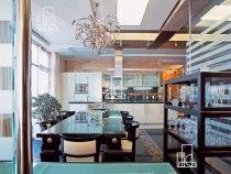 Самая дорогая квартира сдается за1,7 млн рублей вмесяц