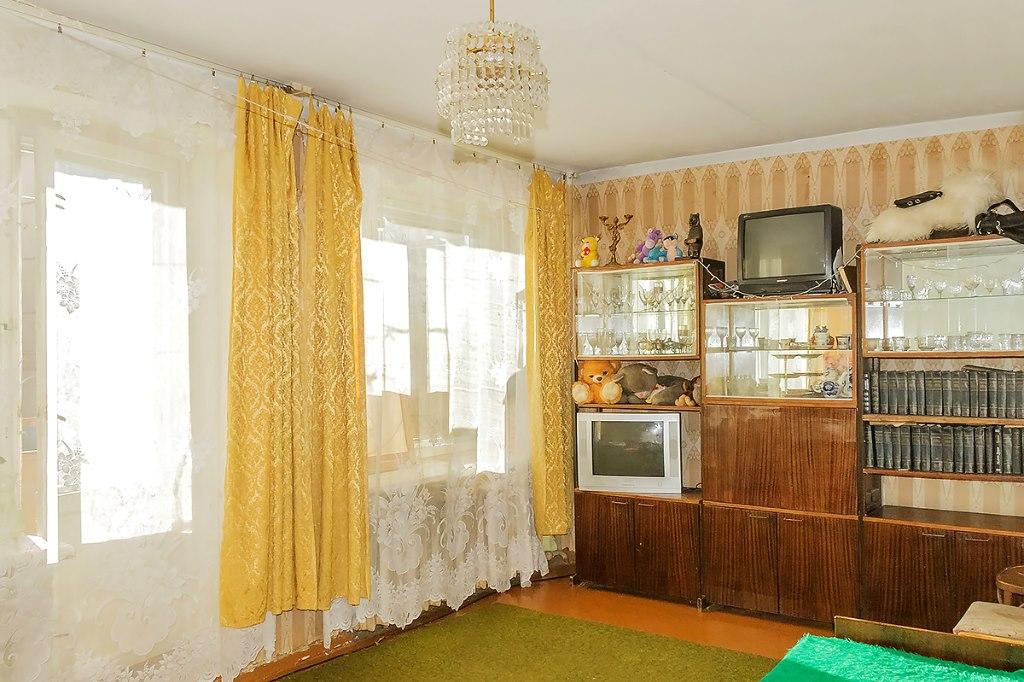 Продается двухкомнатная квартира за 1 950 000 рублей. г Ярославль, ул Панина, д 42.